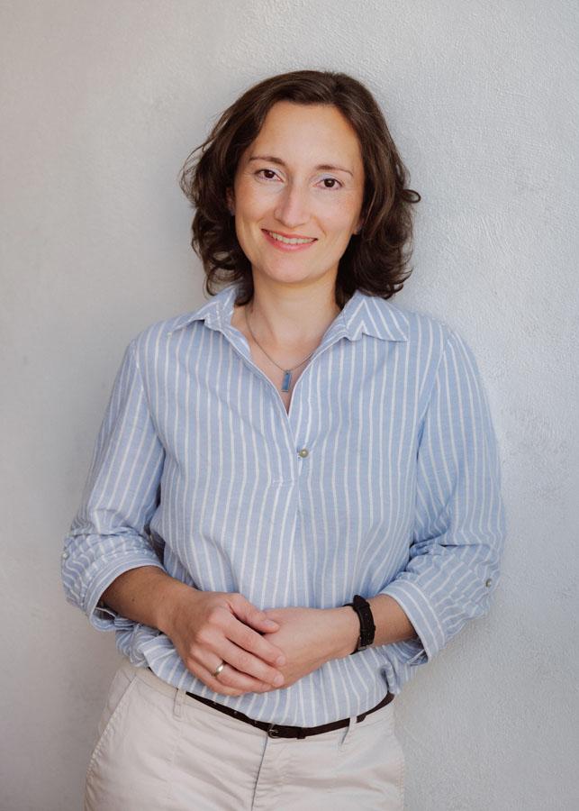 D. Esther Schlimper Diplom-Psychologin